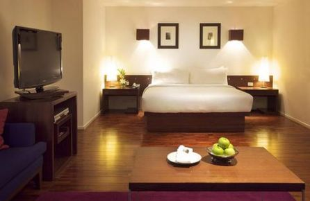 Charming Hotels Bangkok, Triple Two Bangkok